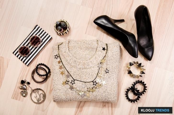 minimalist professional wardrobe