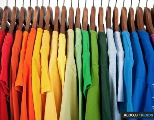 what color shirt with blue suit