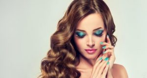 what color nail polish goes with everything